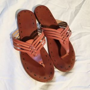 New leather thongs sz 8